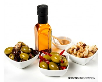 Chilli Lovers Foodie Gift Box - serving suggestion